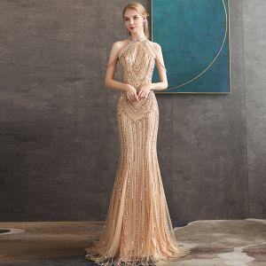 High End Gold Abendkleider 2020 Meerjungfrau Rundhalsausschnitt Ärmellos Perlenstickerei Lange Festliche Kleider