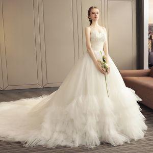 Elegante Ivory / Creme Brautkleider / Hochzeitskleider 2019 A Linie Ärmellos Blatt Applikationen Off Shoulder Rückenfreies Rüschen Kathedrale Schleppe Hochzeit
