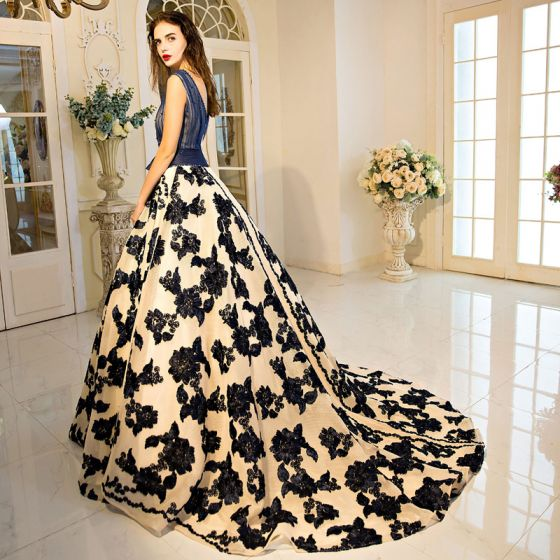 Chic / Beautiful Navy Blue Prom Dresses 2017 A-Line / Princess Lace V-Neck Appliques Backless Pearl Short Sleeve Formal Dresses