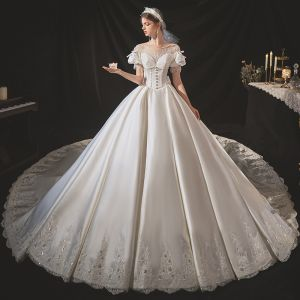Victorian Style Ivory Satin Bridal Wedding Dresses 2020 Ball Gown See-through Scoop Neck Puffy Short Sleeve Backless Appliques Lace Beading Cathedral Train Ruffle