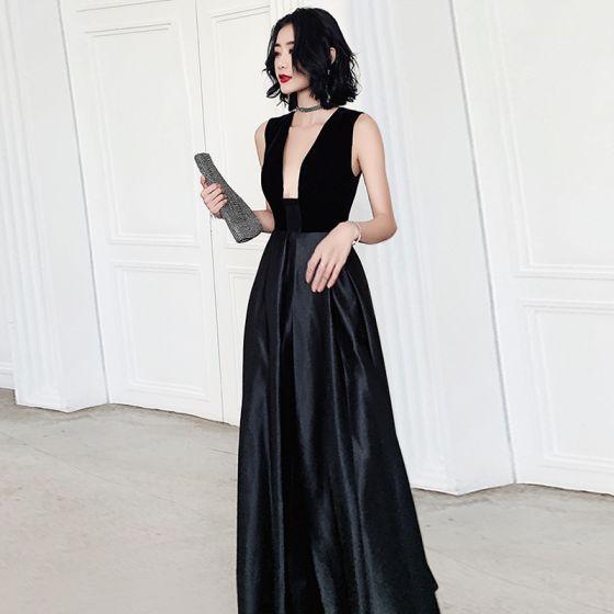 Sexy Black Satin Dancing Prom Dresses 2020 A-Line / Princess Deep V-Neck Sleeveless Floor-Length / Long Ruffle Backless Formal Dresses