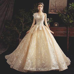 Bling Bling Champagner Brautkleider / Hochzeitskleider 2019 A Linie Bandeau Ärmellos Rückenfreies Glanz Pailletten Kapelle-Schleppe Rüschen