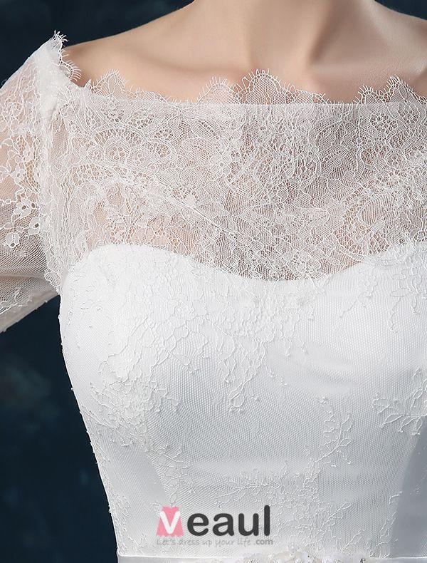 Élégante Princesse Une Ligne Épaules 1/2 Manches Robe De Mariée En Dentelle Brodée