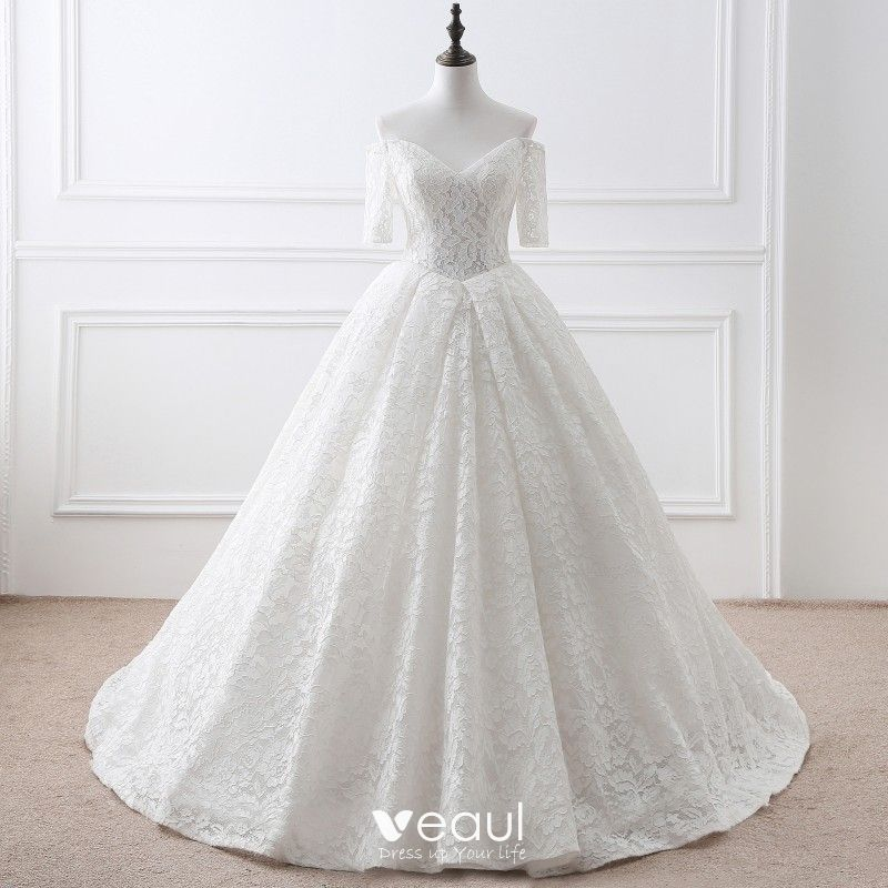 86638d002548 Modest / Simple Ivory Wedding Dresses 2018 Ball Gown Lace Flower  Off-The-Shoulder Backless Short Sleeve ...