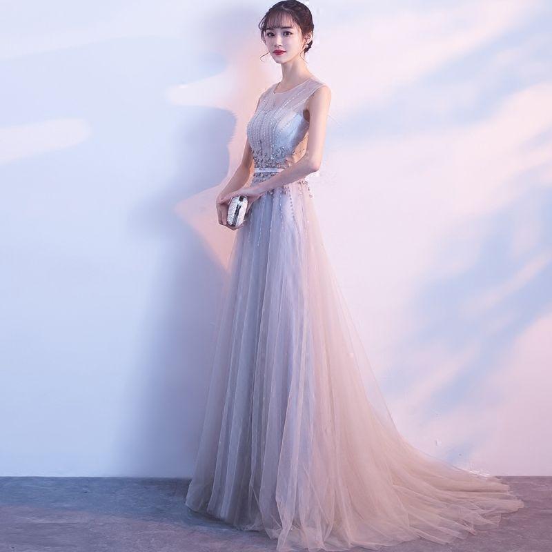 Schöne Grau Abendkleider 2018 A Linie U-Ausschnitt Tülle Applikationen Rückenfreies Perlenstickerei Abend Festliche Kleider