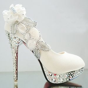 Chic / Beautiful White 2018 Wedding 11 cm Pumps High Heels Beading Crystal Flower Rhinestone Evening Party Prom Stiletto Heels Wedding Shoes