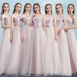 Piękne Rumieniąc Różowy Sukienki Dla Druhen 2018 Princessa Kokarda Bez Pleców Długie Sukienki Na Wesele