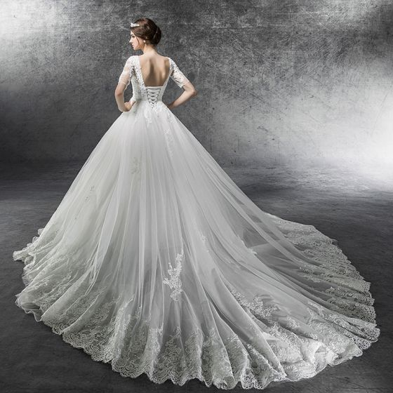 Elegant Ivory Plus Size Pregnant Wedding Dresses 2019 Empire See-through Square Neckline Short Sleeve Backless Appliques Lace Beading Cathedral Train Ruffle