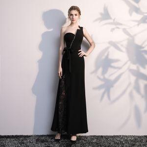Moderne / Mode Noire Robe De Soirée 2017 Trompette / Sirène Une épaule Dos Nu Perlage Polyester Soirée Robe De Ceremonie