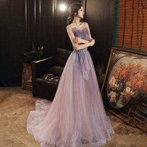 Elegante Lavendel Abendkleider 2020 A Linie Herz-Ausschnitt Ärmellos Perlenstickerei Glanz Tülle Sweep / Pinsel Zug Rückenfreies Festliche Kleider