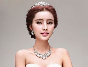White Bridal Jewellery Necklace / Earrings / Tiara Three-piece