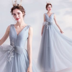 Elegant Grey Evening Dresses  2020 A-Line / Princess V-Neck Beading Sequins Lace Flower Bow Sleeveless Backless Floor-Length / Long Formal Dresses