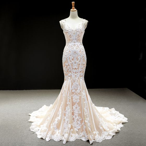 Luxury / Gorgeous Champagne Wedding Dresses 2020 Trumpet / Mermaid V-Neck Sleeveless Backless Appliques Lace Chapel Train Ruffle