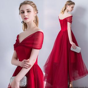 Chic / Beautiful Burgundy Evening Dresses  2018 A-Line / Princess Asymmetrical Short Sleeve V-Neck Backless Formal Dresses