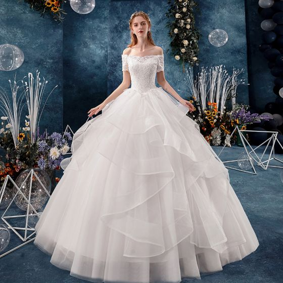 Modern / Fashion White Wedding Dresses 2019 Ball Gown Off-The-Shoulder Beading Sequins Lace Flower Short Sleeve Backless Cascading Ruffles Floor-Length / Long