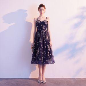 Piękne Granatowe Homecoming Sukienki Na Studniówke 2019 Princessa Spaghetti Pasy Bez Rękawów Haftowane Długość Herbaty Wzburzyć Bez Pleców Sukienki Wizytowe