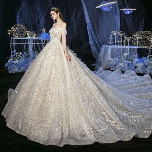 Sparkly Champagne Bridal Wedding Dresses 2020 Ball Gown Off-The-Shoulder Short Sleeve Backless Appliques Flower Sequins Beading Cathedral Train Ruffle
