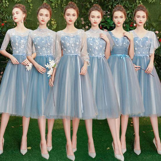 Asequible Azul Cielo Transparentes Vestidos De Damas De Honor 2019 A-Line / Princess Cinturón Cortos Ruffle Sin Espalda Vestidos para bodas