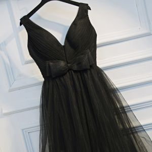 Proste / Simple Czarne Sukienki Wizytowe Princessa 2017 Kokarda Bez Pleców Zamek Błyskawiczny Się V-Szyja Bez Rękawów Krótkie Sukienki Na Studniówke