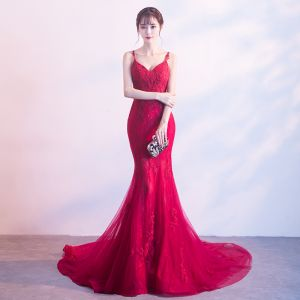 Sexy Red Evening Dresses  2019 Trumpet / Mermaid Spaghetti Straps Sleeveless Appliques Lace Court Train Ruffle Backless Formal Dresses