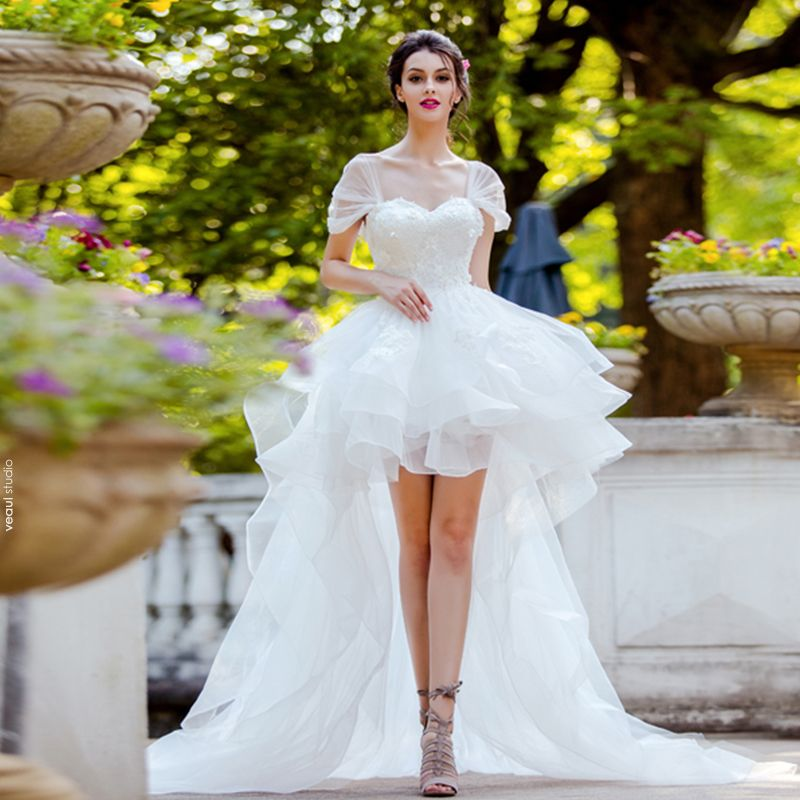 High Low White Wedding Dresses 2019 A-Line / Princess Shoulders Cap Sleeves Backless Appliques Lace Pearl Asymmetrical Ruffle