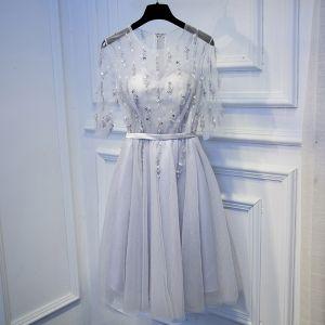 Modest / Simple Silver Graduation Dresses 2017 Lace Flower Zipper Up Beading Short Scoop Neck 3/4 Sleeve A-Line / Princess Formal Dresses
