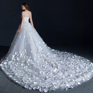 Amazing / Unique White Wedding Dresses 2018 Ball Gown Appliques Beading Rhinestone Sweetheart Backless Sleeveless Royal Train Wedding