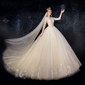 Charmant Champagner Brautkleider / Hochzeitskleider 2019 Ballkleid Rundhalsausschnitt Pailletten Spitze Blumen 1/2 Ärmel Kathedrale Schleppe