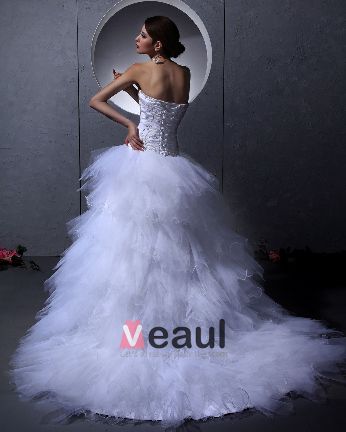 Satin Tulle Embroidery Floor Length Strapless Bead Wedding Dresses