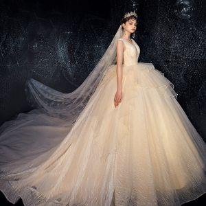 Edles Champagner Brautkleider / Hochzeitskleider 2019 Ballkleid Rundhalsausschnitt Glanz Pailletten Ärmellos Rückenfreies Königliche Schleppe