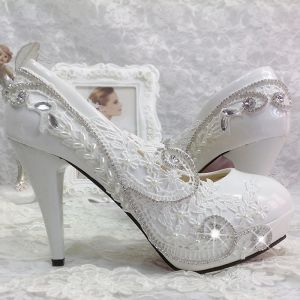 Chic / Beautiful 11 cm 2017 White Casual Church PU Appliques Lace High Heels Stiletto Heels Pumps Wedding Dresses