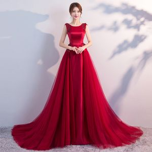 Charming Burgundy Evening Dresses  2018 A-Line / Princess Beading Crystal Lace Flower Sequins Scoop Neck Backless Sleeveless Sweep Train Formal Dresses