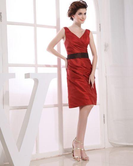 Knee Length V Neck Sleeveless Pleat Taffeta Empire Bridesmaid Dresses