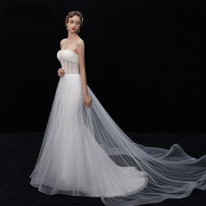 Glamourös Ivory / Creme Durchsichtige Brautkleider / Hochzeitskleider 2019 Meerjungfrau Bandeau Ärmellos Rückenfreies Kapelle-Schleppe Rüschen