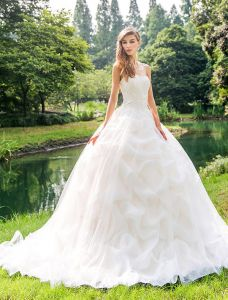 2015 Gorgeous Sweetheart Appliques Lace Organza Satin Ball Gown Wedding Dress