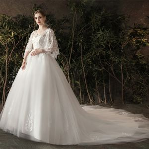 Snygga / Fina Elfenben Gravid Bröllopsklänningar 2019 Prinsessa V-Hals Pärla Spets Blomma 3/4 ärm Halterneck Chapel Train