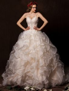 2015 Ball Gown Sweetheart Spaghetti Straps Cascading Ruffles Champagne Wedding Dress