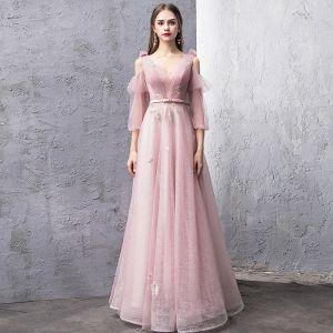 Mode Rosa Abendkleider 2019 A Linie V-Ausschnitt Geschwollenes 3/4 Ärmel Stoffgürtel Glanz Tülle Lange Rüschen Rückenfreies Festliche Kleider