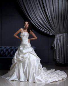 Veckade Volanger Domstol Sjojungfru Brudklänningar Bröllopsklänningar
