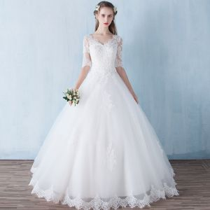 Modest / Simple Outdoor / Garden Wedding Dresses 2017 Backless Lace Rhinestone V-Neck 1/2 Sleeves White Ball Gown Floor-Length / Long