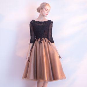 Chic / Belle Noir de retour Robe De Graduation 2017 Princesse En Dentelle Fleur Encolure Dégagée Dos Nu 3/4 Manches Mi-Longues