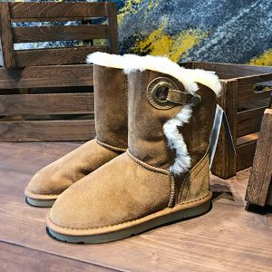 Modest / Simple Brown Snow Boots 2020 Winter Woolen Leather Outdoor / Garden Buttons Suede Womens Boots