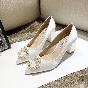 Chic Ivoire Satin Chaussure De Mariée 2020 Perle Faux Diamant 7 cm Talons Épais À Bout Pointu Mariage Escarpins