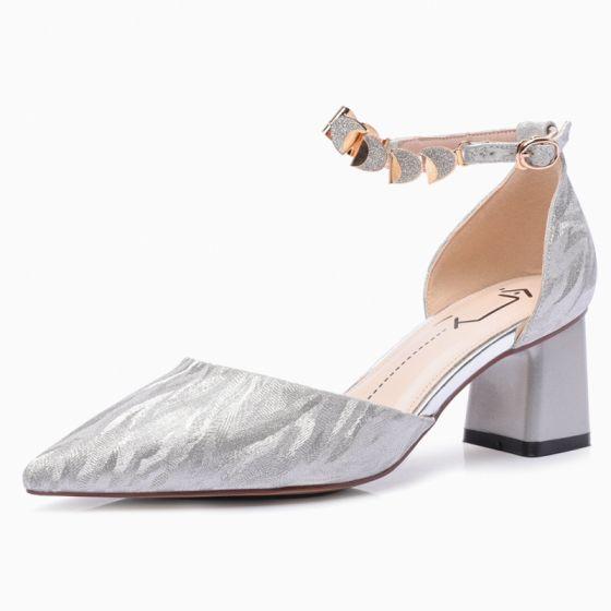 Sjarmerende Sølv Brudesko 2020 Paljetter Ankelstropp 6 cm Tykk Hæler Spisse Bryllup Sandaler