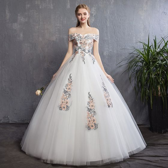 Discount Colored Ivory Wedding Dresses 2018 A-Line / Princess Off-The-Shoulder Short Sleeve Backless Appliques Lace Ruffle Floor-Length / Long