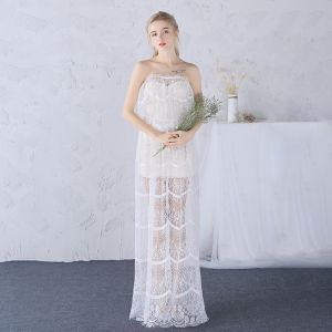 Chic / Beautiful Beach Wedding Dresses 2017 White Sheath / Fit Floor-Length / Long Tassel Backless Strapless Sleeveless Lace Appliques