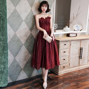 Charming Burgundy Evening Dresses  2020 A-Line / Princess Strapless Sequins Sleeveless Backless Tea-length Formal Dresses