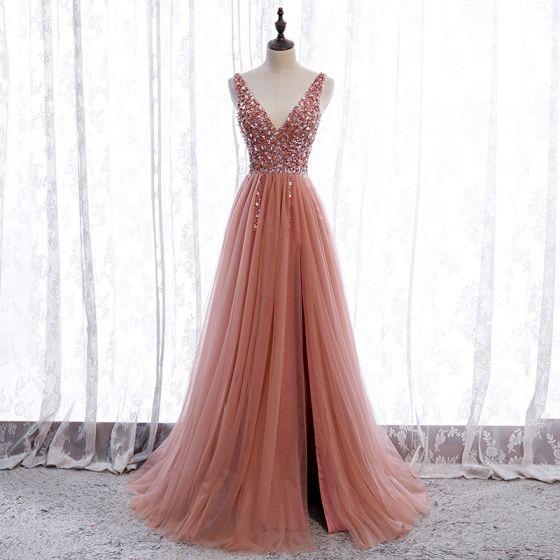 Eleganckie Różowy Perłowy Sukienki Na Bal 2020 Princessa Głęboki V-Szyja Bez Rękawów Cekiny Frezowanie Podział Przodu Trenem Sweep Wzburzyć Bez Pleców Sukienki Wizytowe