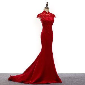 Chinesischer Stil Rot Durchsichtige Abendkleider 2019 Meerjungfrau Stehkragen Ärmel Applikationen Spitze Pailletten Hof-Schleppe Rüschen Festliche Kleider
