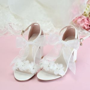 Classy Ivory Evening Party Womens Sandals 2020 Ankle Strap Appliques Pearl Bow 7 cm Thick Heels Open / Peep Toe Sandals